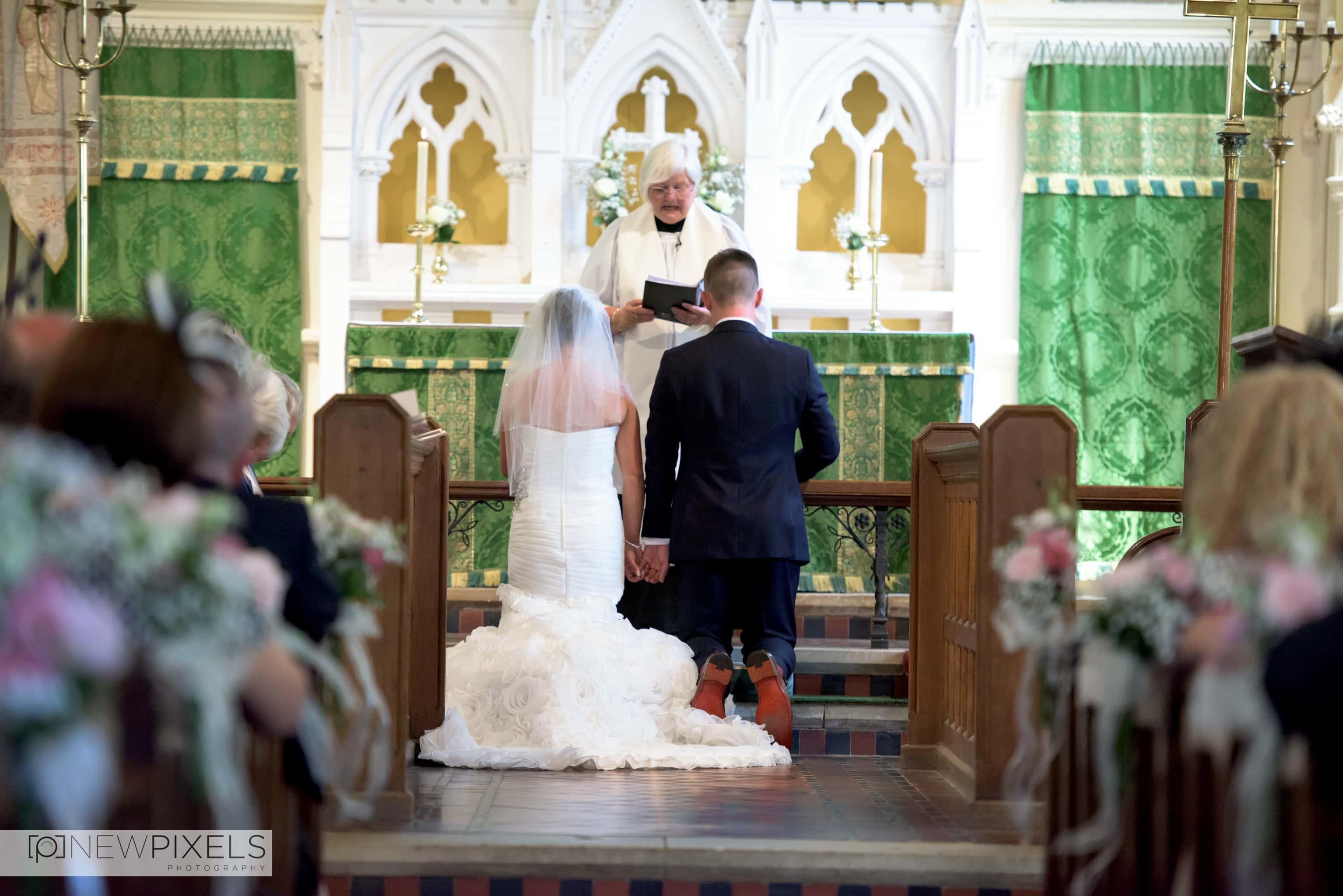 Natural Wedding Photographer-12